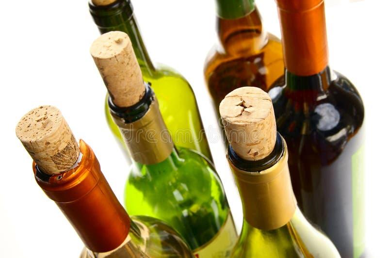 Kleurrijke wijnflessen royalty-vrije stock foto's