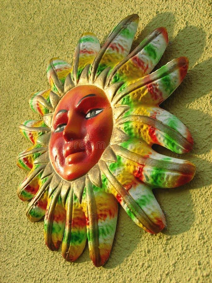 Kleurrijke Zon stock afbeelding