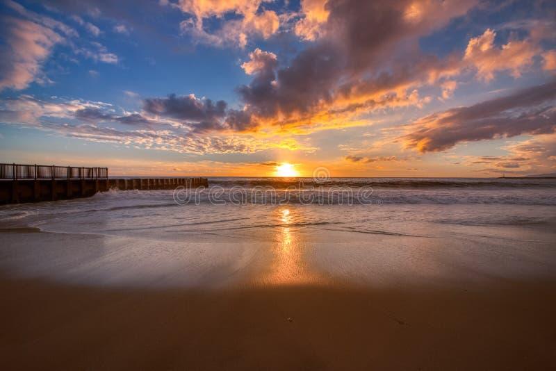 Kleurrijke zonsondergang bij Tenenstrand royalty-vrije stock fotografie