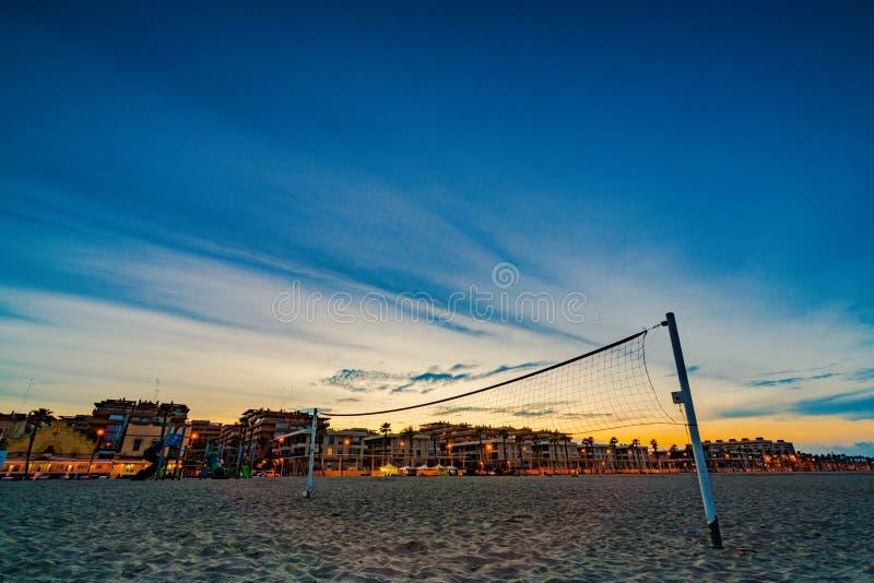 Kleurrijke zonsondergang op het strand van Malvarrosa Valencia, Spanje royalty-vrije stock afbeeldingen