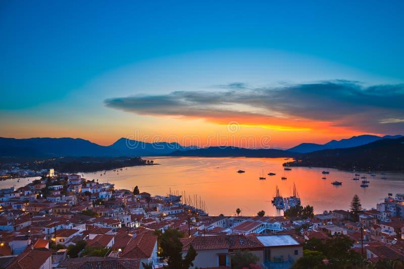 Kleurrijke zonsondergang over Egeïsche overzees royalty-vrije stock afbeelding