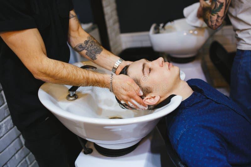 Klient för frisörtvagninghuvud royaltyfria bilder