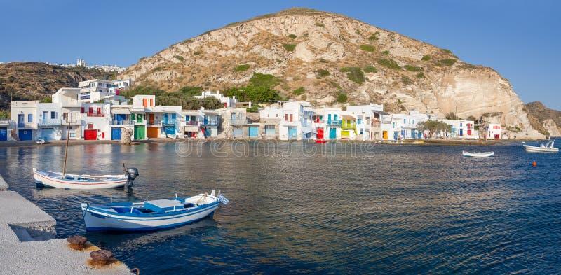 Klima fiskeläge, Milos ö, Cyclades, Grekland royaltyfria foton