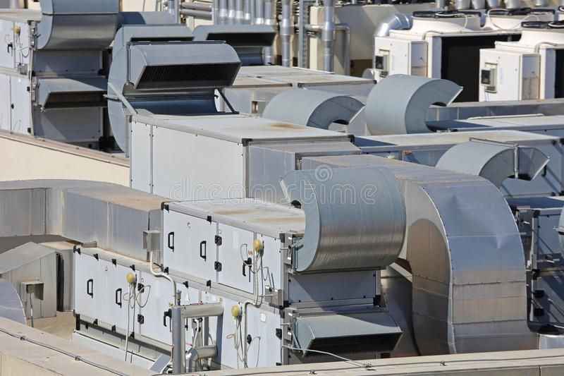 Klimaanlagen-Dachspitze lizenzfreies stockbild