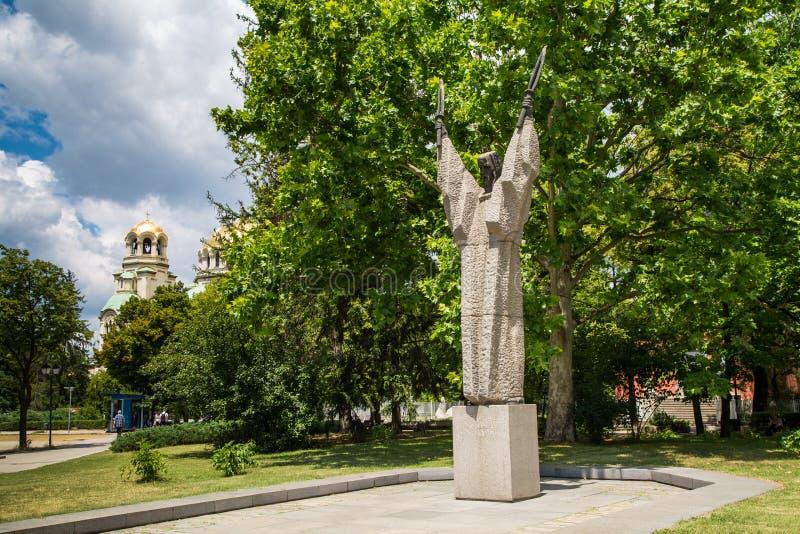 Kliment Ohridski雕象在索非亚,保加利亚 库存照片