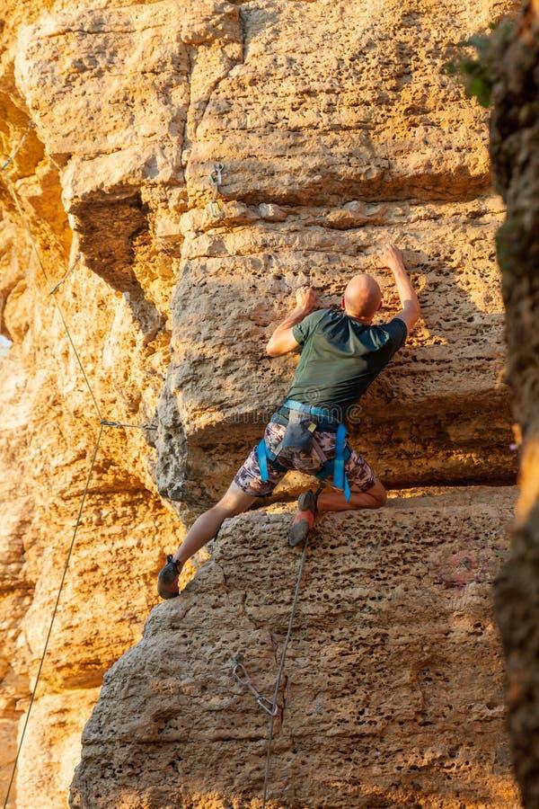 Klimmer op de berg royalty-vrije stock fotografie