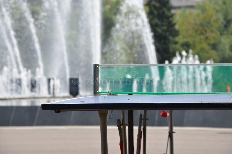 Klingeln pong Netz lizenzfreie stockfotos