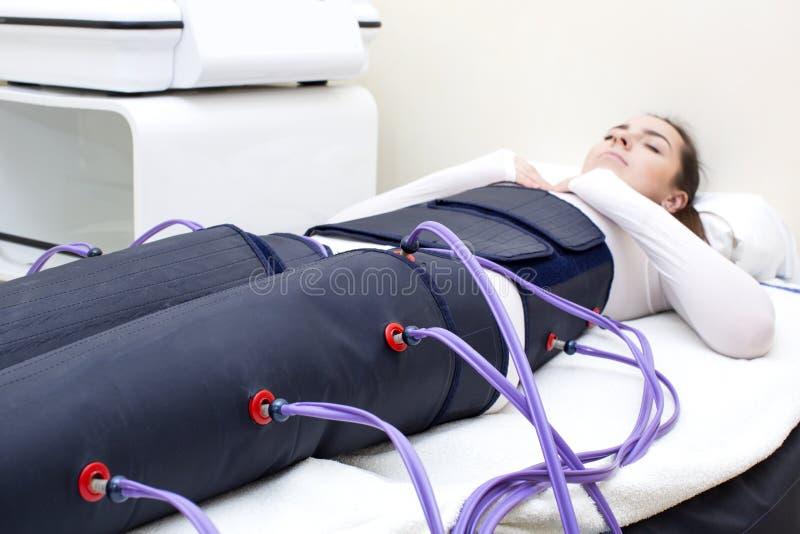 Klinik för behandlingen av tryckterapitillvägagångssättet royaltyfria foton