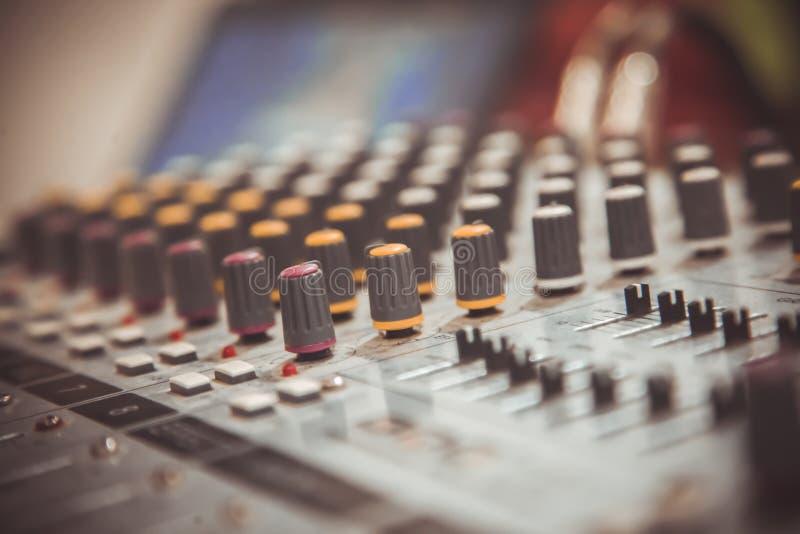 Klink mixer stock foto's