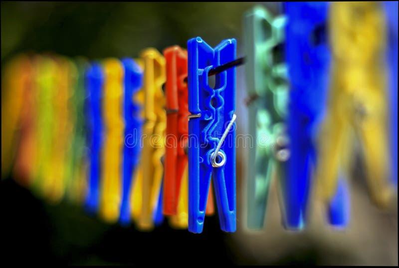 Klinken, die am Seil hängen lizenzfreies stockfoto