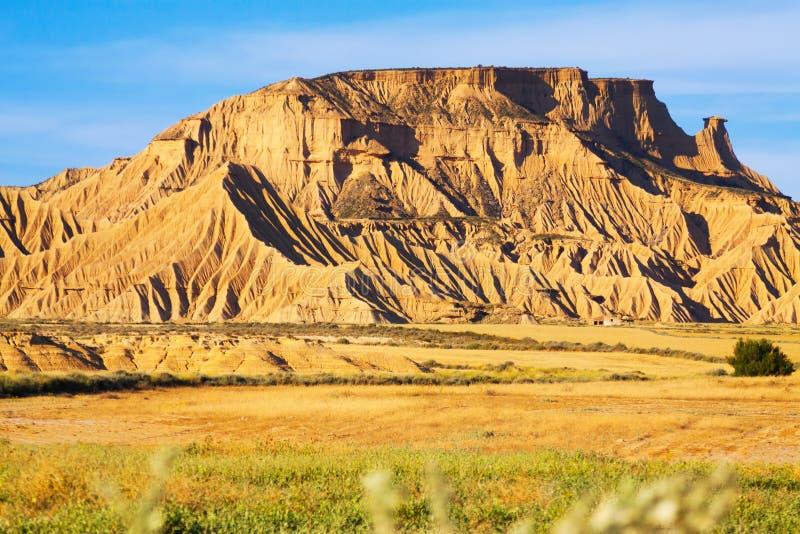 Klip bij woestijnlandschap van Navarra stock foto