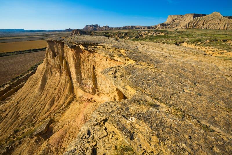 Klip bij woestijnlandschap van Navarra stock foto's