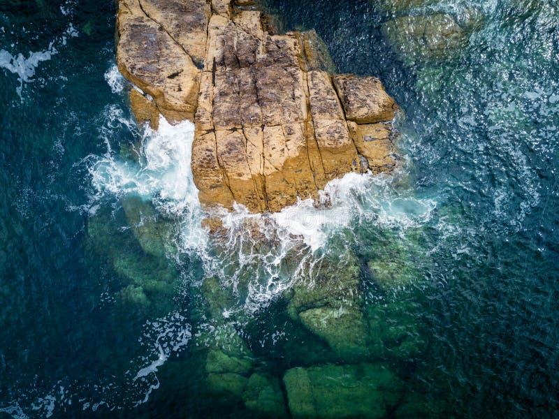 Klip in Rias Baixas, Galicië royalty-vrije stock afbeeldingen