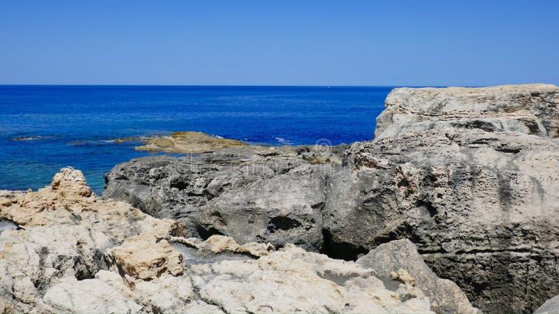 Klippa Gozo royaltyfri foto