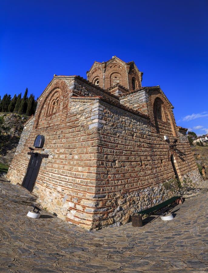 Klippe-Spitzenkirche des Heiligen Joan an Kaneo oder an St. Jovan Kaneo lizenzfreie stockfotos