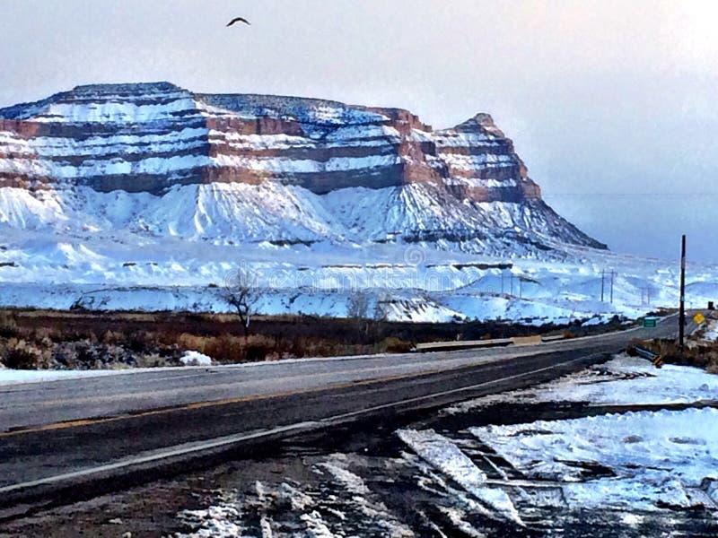 Klippen entlang US 6 in Utah lizenzfreie stockfotografie
