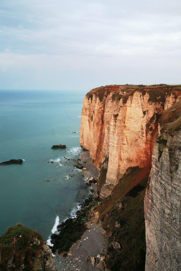 Klippen in Etretat, Normandie, Frankreich. stockfotos