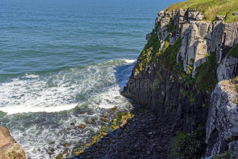Klippen und Felsen stockfoto