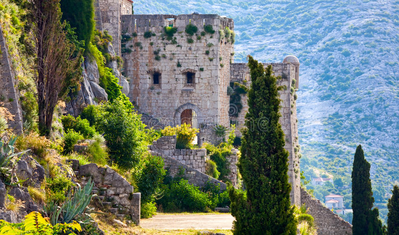 Klis - forteresse médiévale en Croatie image libre de droits