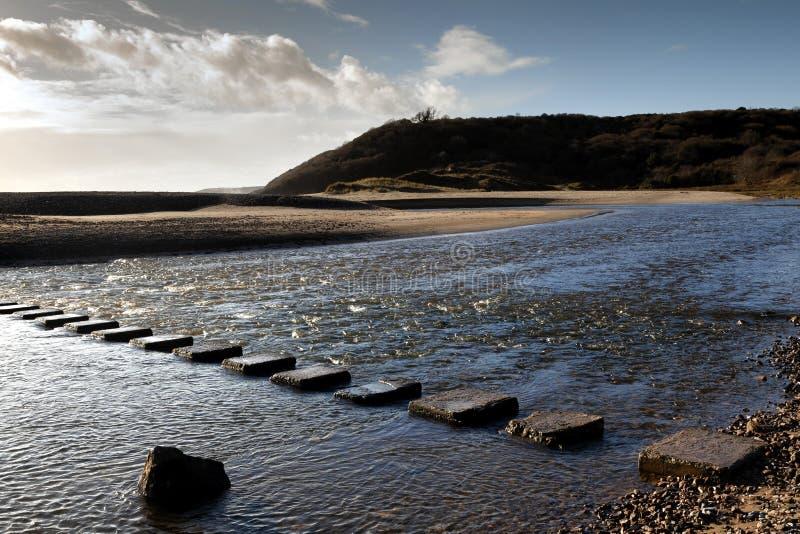 Kliva stenar på tre klippor skäller arkivfoton