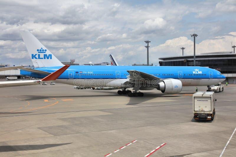 KLM - Boeing 777 fotografering för bildbyråer