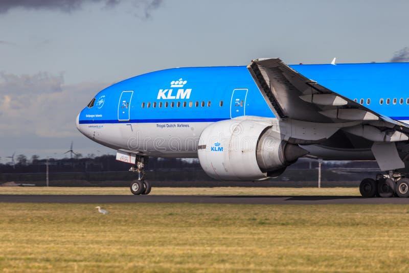 KLM Boeing 777 royaltyfri bild