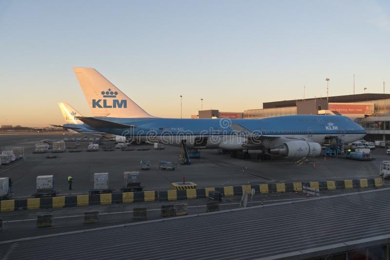 KLM 747 ` s Schiphol Amsterdam arkivfoto