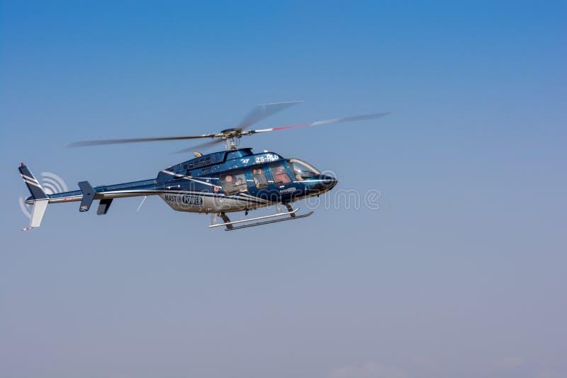 Klocka 407 helikopterskärm på Rand Airshow 2018 medan spect arkivfoto