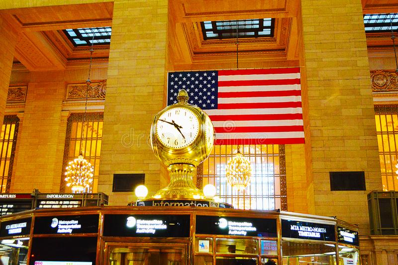 Klocka i den Grand Central terminalen i New York City royaltyfri foto