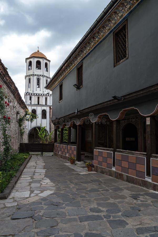 Klocka torn av kyrkan av St Constantine och Helena i Plovdiv royaltyfria foton