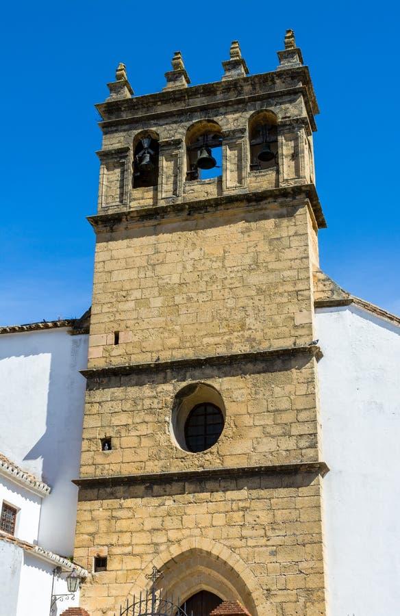 Klocka torn av kyrkan av vår fader Jesus i Ronda, Spanien arkivbilder