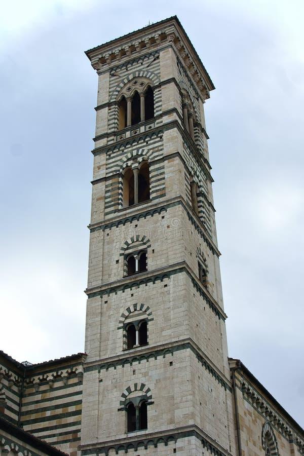 Klocka torn Prato, Italien arkivfoto