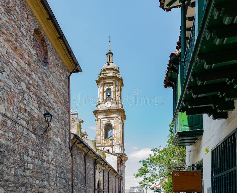 Klockatorn av domkyrkan i Bogota Colombia royaltyfri bild