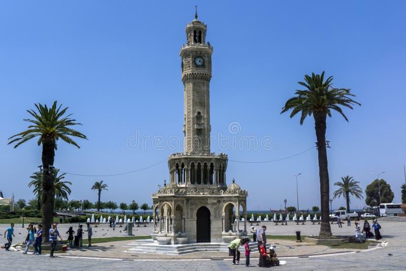 Klockatornet som lokaliseras i Konak Meydani p? Izmir i Turkiet arkivfoto