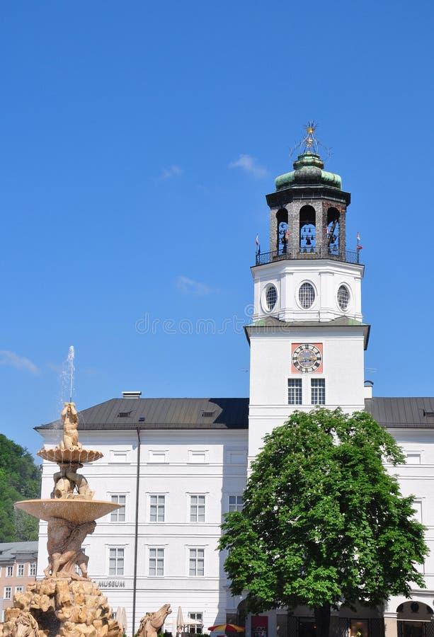 Download Klockspeltorn Av Den Nya Uppehållet I Salzburg Fotografering för Bildbyråer - Bild av turism, kyrka: 37349479
