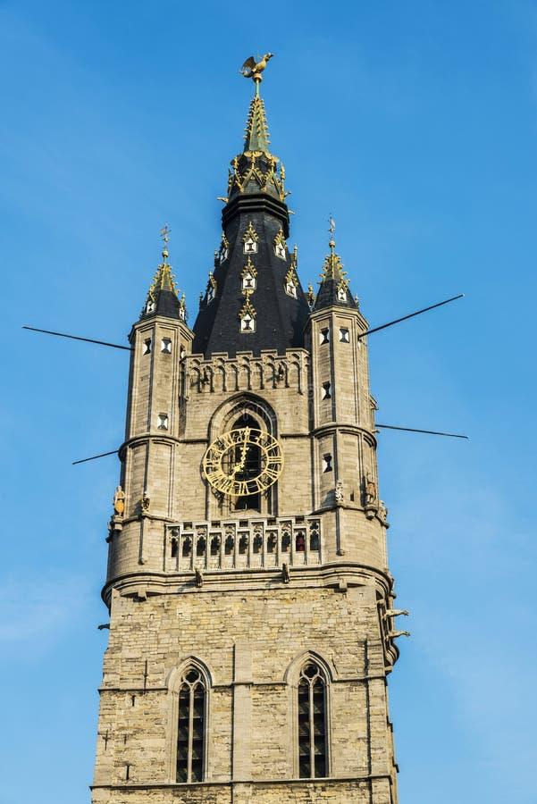 Klockstapel av Ghent, klockatorn, i Belgien royaltyfri fotografi