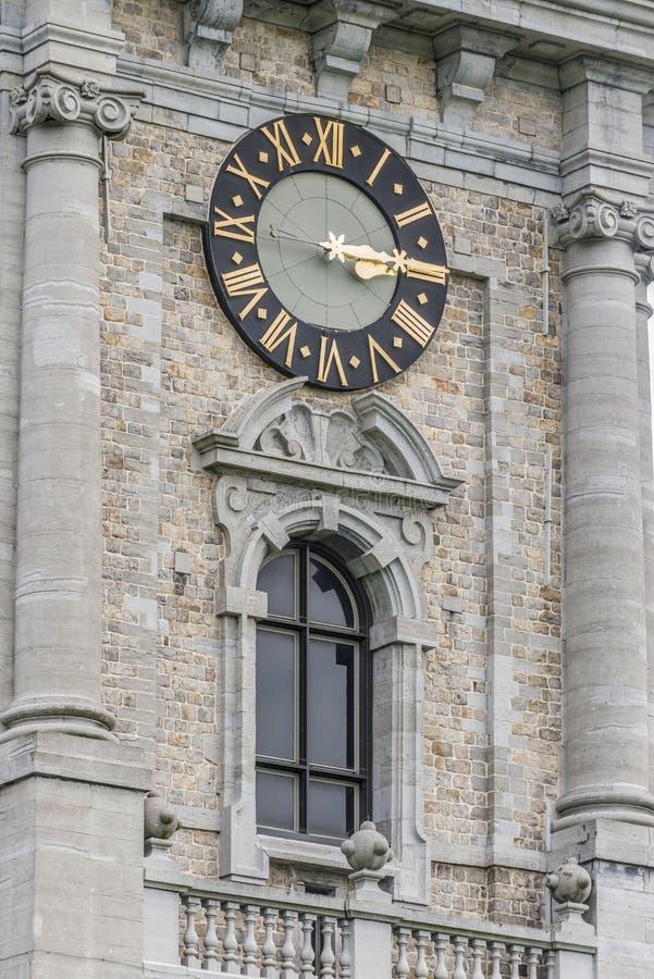 Klockstapel av Mons i Belgien. arkivbilder