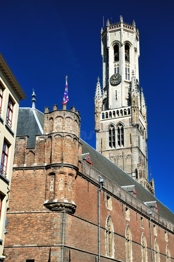 Klockstapeln av Bruges, Belgien arkivbilder