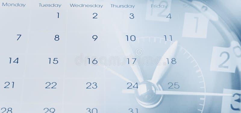 Download Klok en Kalender stock afbeelding. Afbeelding bestaande uit pagina - 107705437