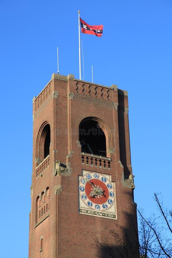 Klokketoren in het centrum van Amsterdam, Nederland royalty-vrije stock afbeeldingen