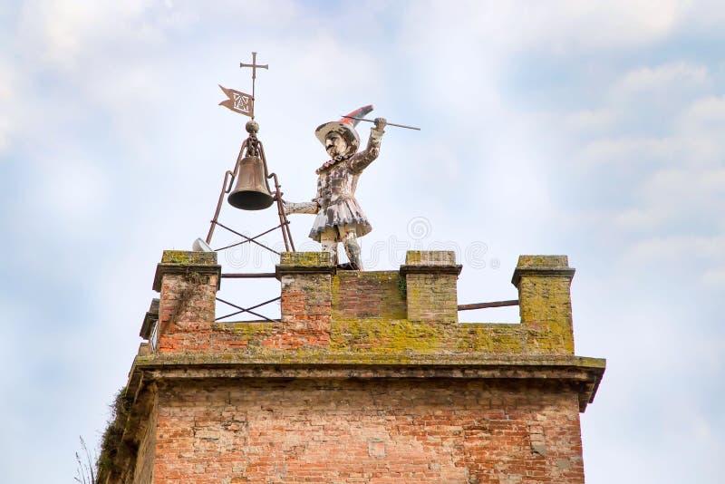 Klokketoren in Montepulciano, Toscanië royalty-vrije stock fotografie