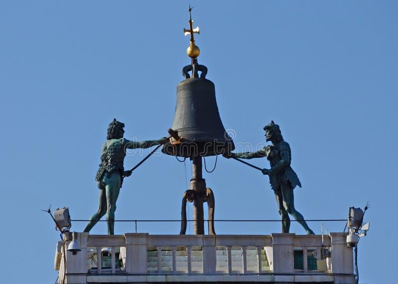 Klokketoren op Piazza San Marco in Venetië, Italië stock fotografie