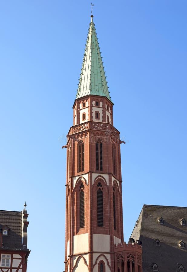 Klokketoren van de oude kerk van Nicolai royalty-vrije stock afbeeldingen