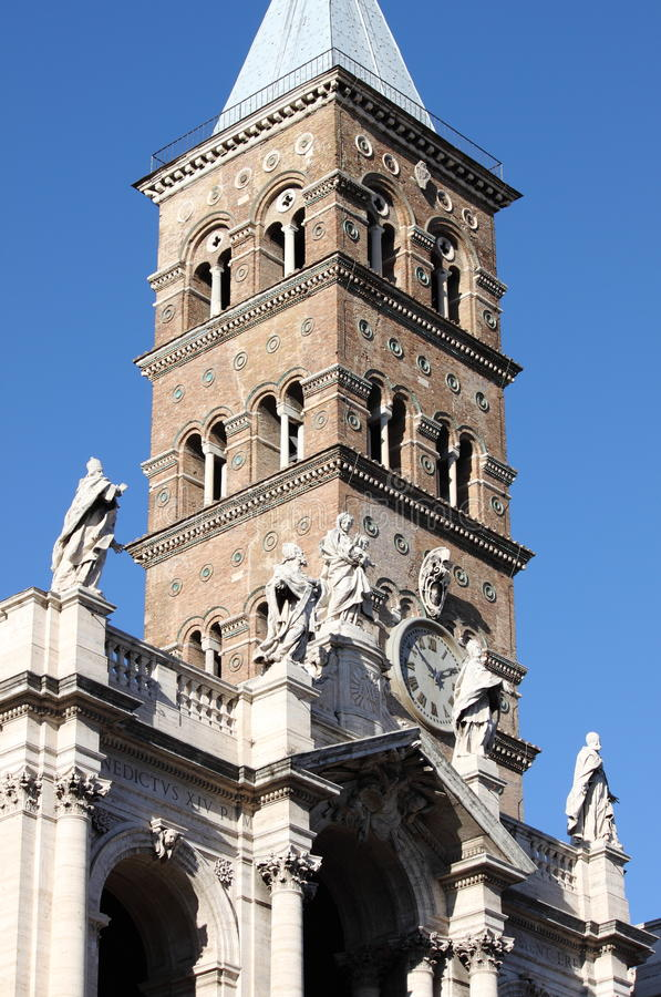 Klokketoren van Heilige Mary Major Basilica in Rome stock afbeelding