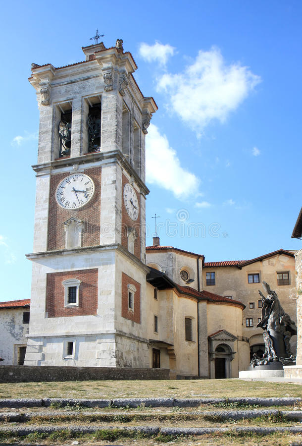 Klokketoren Van Sacro Monte Di Varese, Italië Stock Afbeelding ...