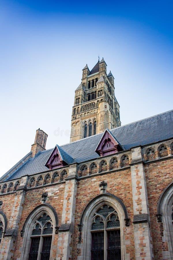 Klokketorentoren in het stadscentrum van Brugge stock fotografie