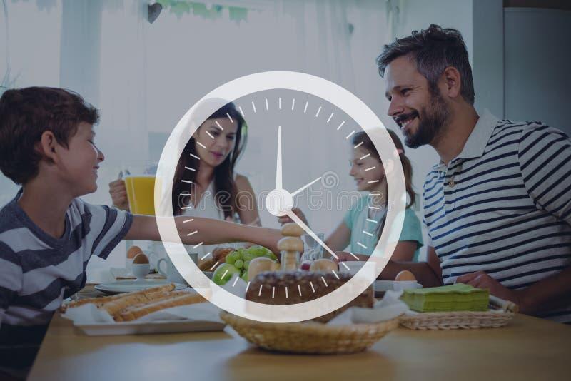 Klokpictogram tegen familie die dinerfoto hebben vector illustratie