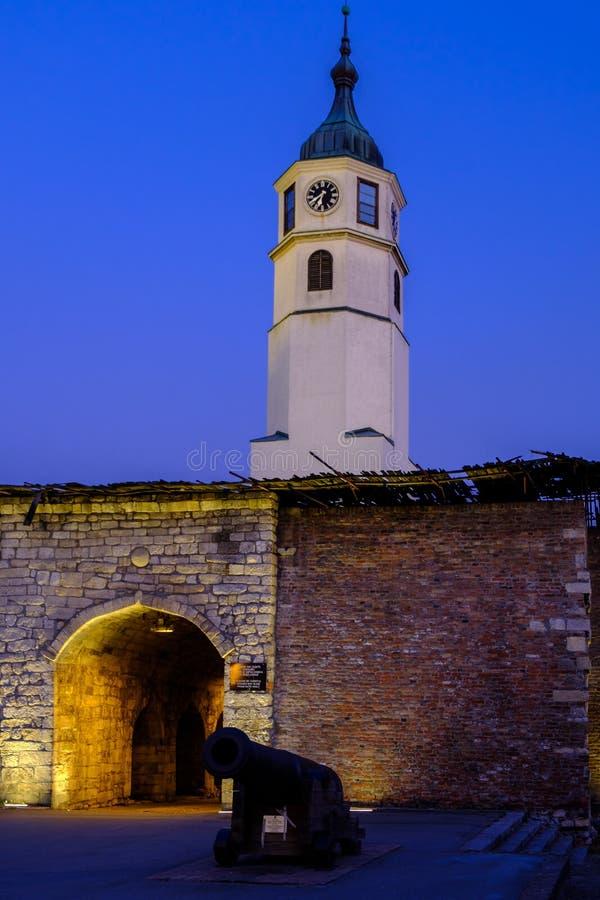 Kloktoren, Sahat kula, bij de Belgrado Fortress Kalemegdan in Belgrado, Servië royalty-vrije stock fotografie
