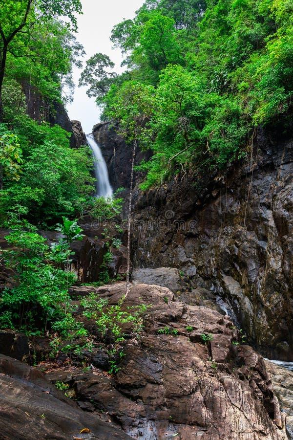 Klong Plu siklawa, Koh Chang wyspa obrazy royalty free