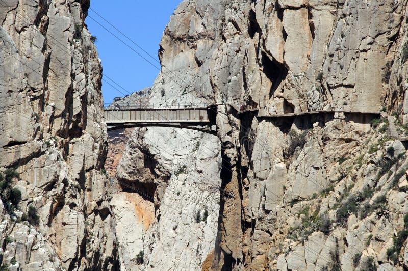 Kloof en brug, Gr Chorro, Spanje. stock fotografie